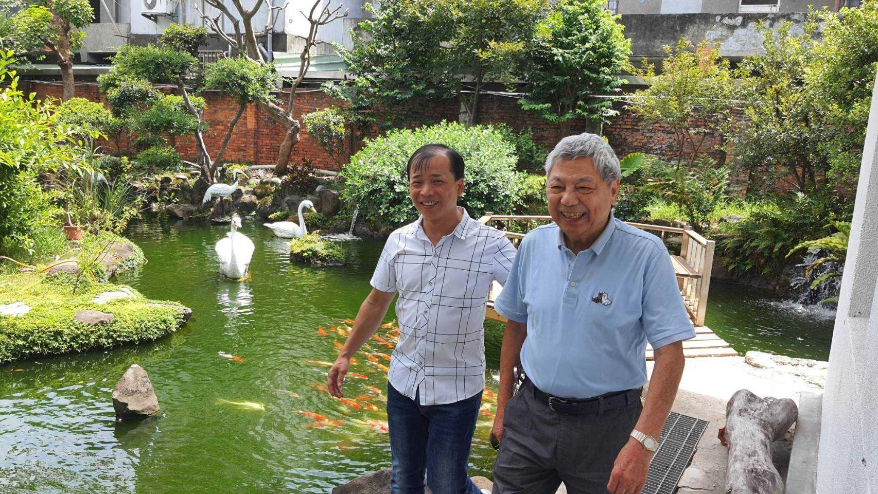 游祈盛於「廣達香」企業專訪擔任導演側拍記錄1