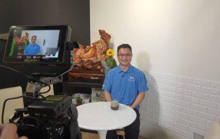 星澤國際-讓世界都看見-電視專訪節目-運筋骨-游祈盛與楊含容監督製作