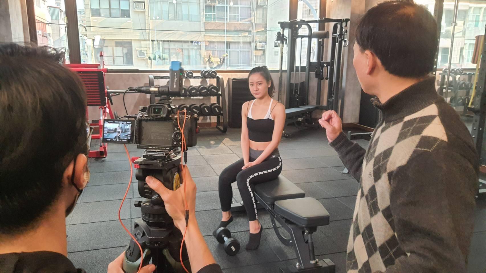 星澤國際-讓世界都看見-電視專訪節目-敖馳-ARS皮膚管理健身中心-游祈盛與楊含容監督製作