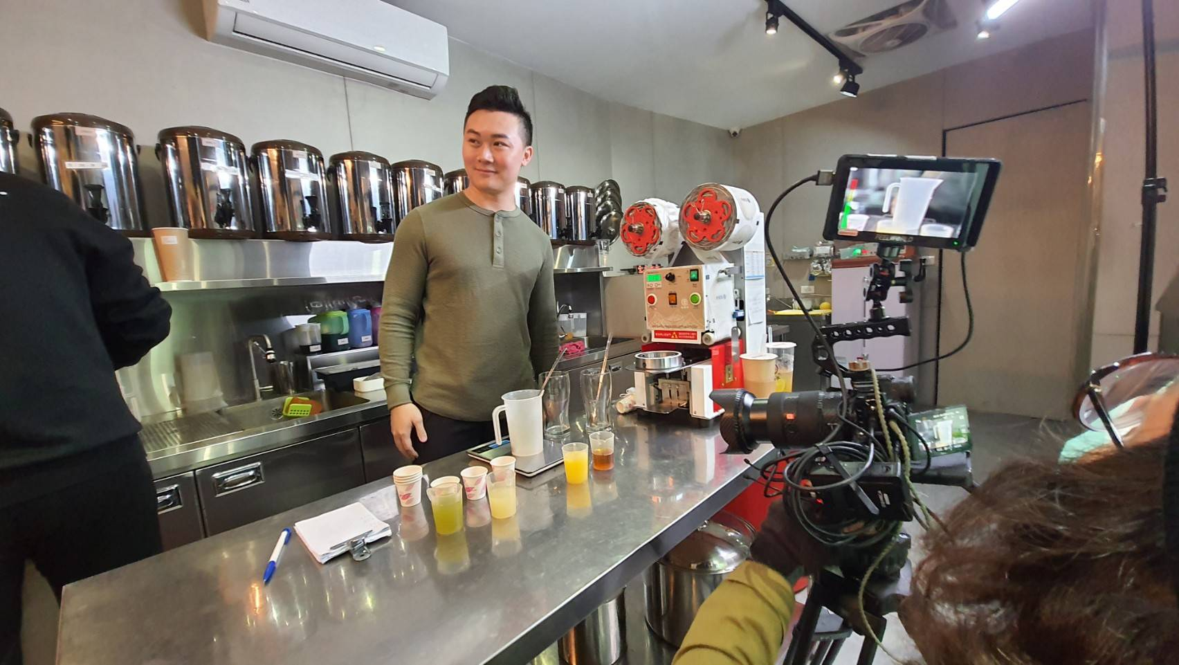 星澤國際-讓世界都看見-電視專訪節目-杜芳子-游祈盛與楊含容監督製作