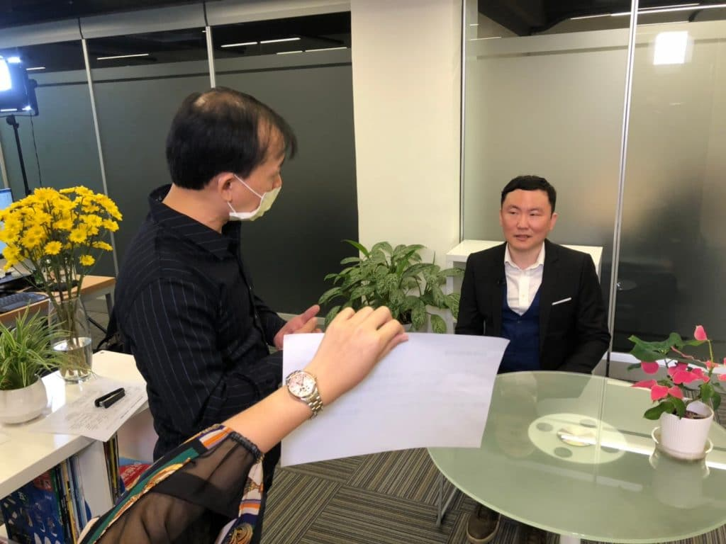 星澤國際-台灣好品牌 電視節目-專訪「下一站是幸福」精彩側拍花絮-游祈盛與楊含容監督製作